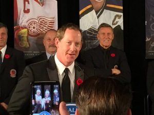 phil-housley-hhof-2015