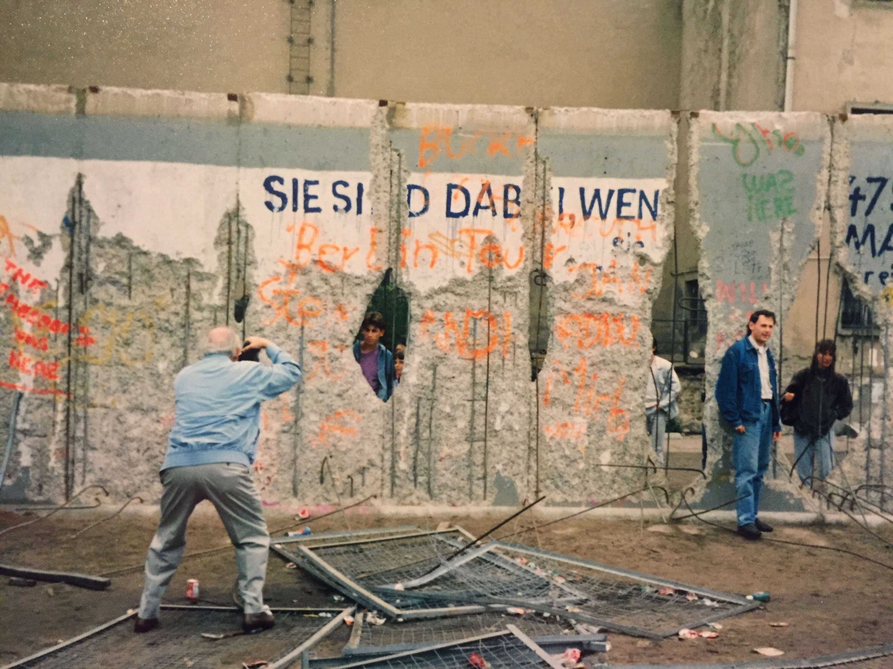 essay on berlin Read berlin wall free essay and over 88,000 other research documents berlin wall the berlin wall separated the people of east berlin from the people in west berlin.